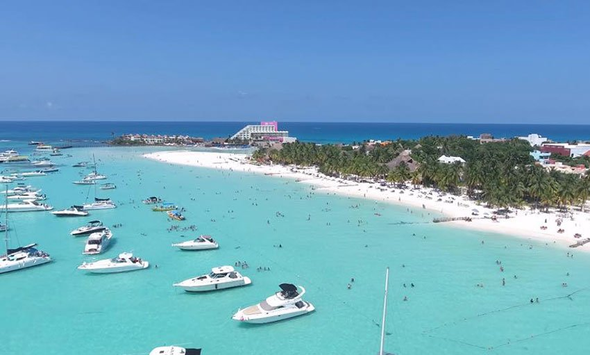 Yatch to go from cancun to isla mujeres