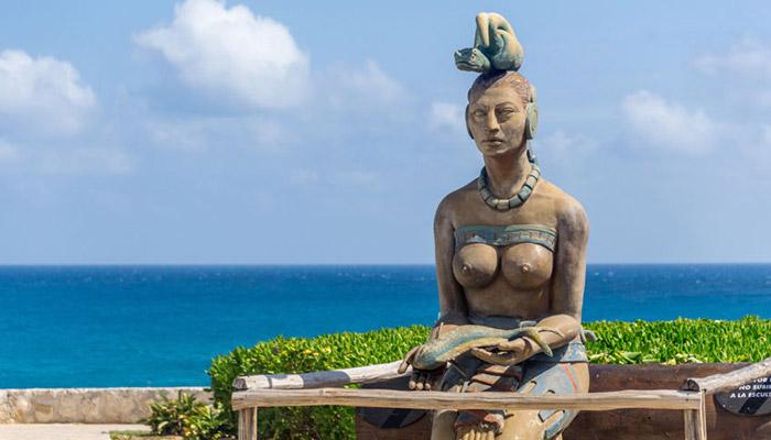 ixchel mayan goddess